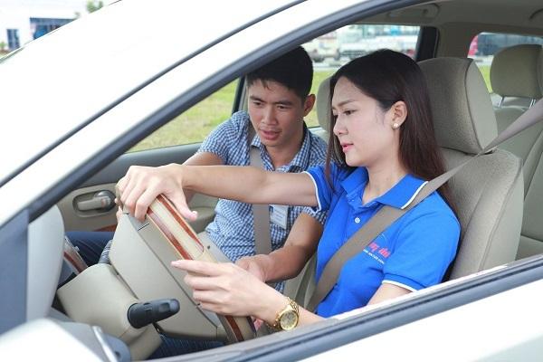 học lái xe b2 cho người mới bắt đầu