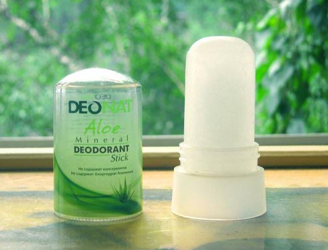 Lăn khử mùi Deonat Aloe